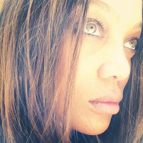 چهره باورنکردنی یک مدل سرشناس بدون آرایش (عکس)