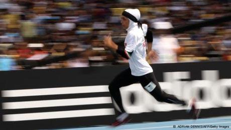 مشکلی که دختر ورزشکار ایرانی با حجابش دارد