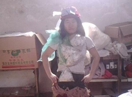 روش جدید دختر چینی برای جذب کاربران اینترنت