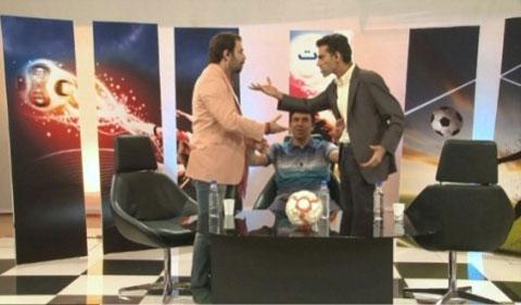 درگیری مجریان تلویزیون در کنار بازیکن استقلال