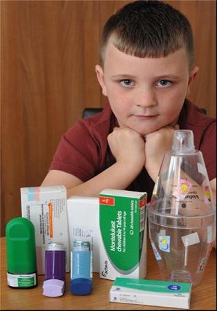 موی عجیب کشنده این پسر هفت ساله (عکس)