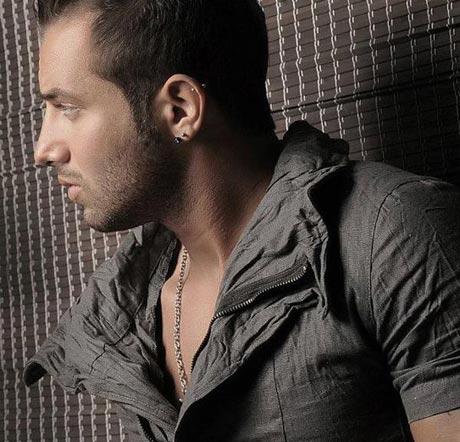 تلاش بی وقفه امیر تتلو خواننده ایرانی برای مجاز شدن!!