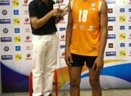 قد بلندترین بازیکن والیبال در دنیا چه کسی است؟