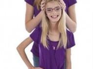 دخترهای دوقلوی همسان ولی کاملا متفاوت (عکس)