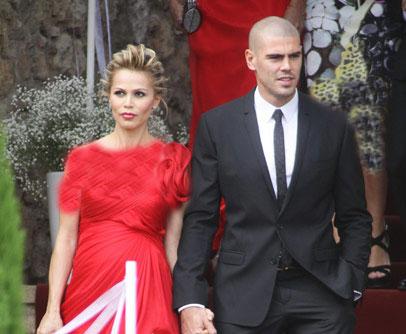 عکسهای جدید و دیدنی از نامداران فوتبال جهان + همسران