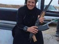 عکسی از زن سنگدل و قاتل داعش در عراق