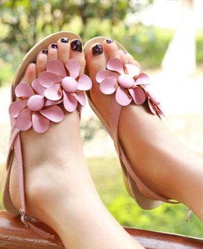 مدل های جذاب و شیک صندل تابستانی زنانه