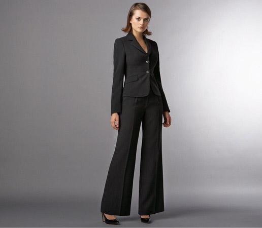 کت و شلوار زنانه در طرح های متنوع و جدید