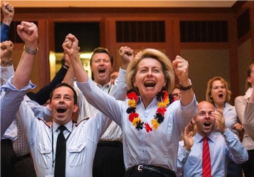 تصاویری از تماشاگران ویژه جام جهانی