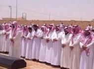 تشییع جنازه دختر دانشجو در بیابان عربستان سعودی + عکس