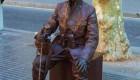 تصاویر جنجالی مجسمه های زنده در خیابان بارسلونا