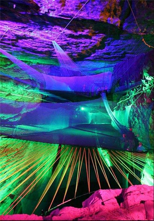 پرده برداری بزرگترین مکان تفریحی زیرزمینی در شمال ولز