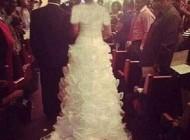 اقدام عجیب عروس خانم جنجالی شد +(عکس)