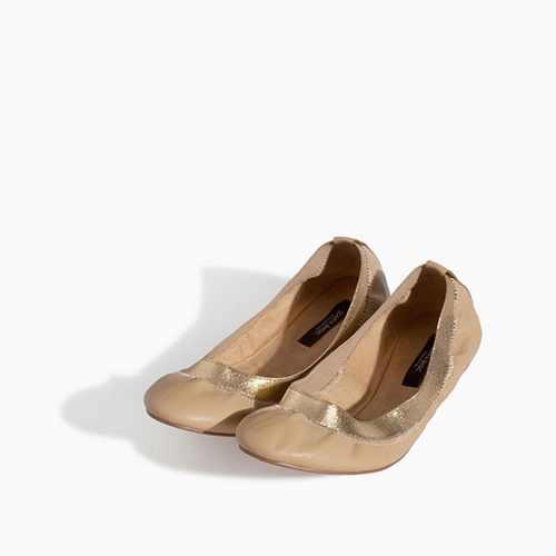 مدل های جذاب کفش های راحتی و پاشنه تخت زنانه