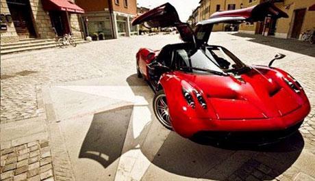 ماشین افسانه ای موسس فیس بوک! +عکس