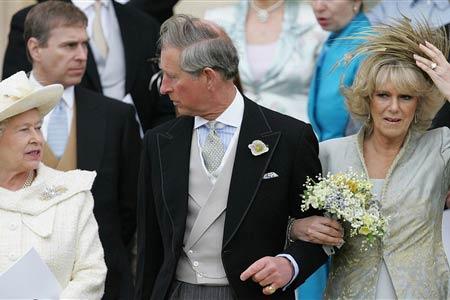 شاهزاده چارلز به دستور ملکه از همسرش جدا میشود!!