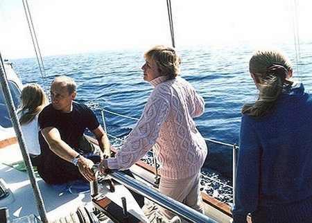 خبر جنجالی فرار دختر 28 ساله رئیس جمهور روسیه از هلند