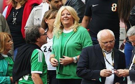 همسر خوش تیپ سرمربی در جام جهانی 2014