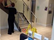مردی که با کمال آرامش در بانک مدفوع کرد + عکس