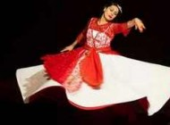 حضور زنان اروپایی در کلاس رقص و عشوه ایرانی + عکس