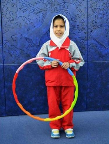 دختر ایرانی رکورد بی نظیری هولاهوپ را به نام خودش ثبت کرد