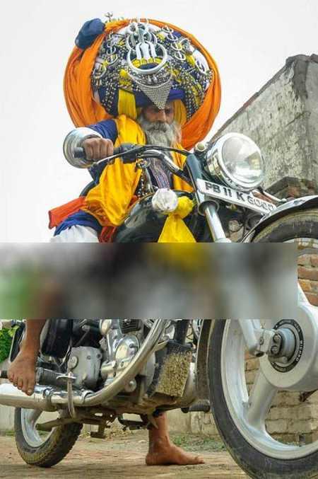 عکس های جالب مرد روحانی با عمامه عجیب