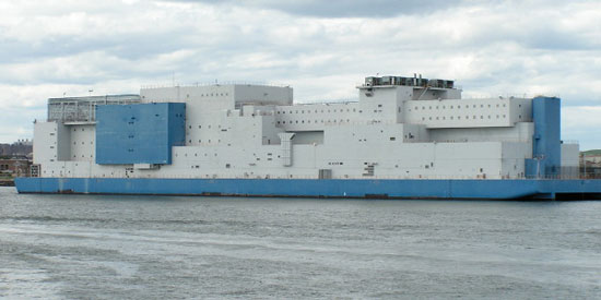 تا به حال بزرگترین زندان شناور در جهان را دیده اید ؟