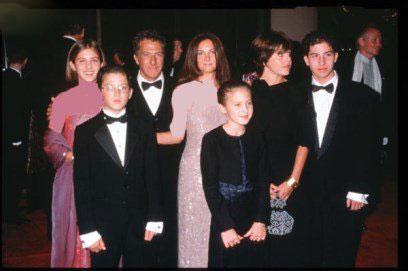 خانواده های پرجمعیت مشهور هالیوودی را بشناسید + عکس