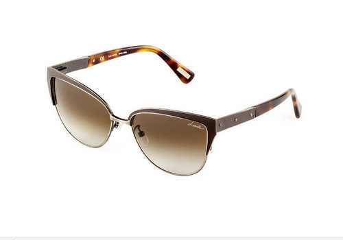 مجموعه برند از مدل گردنبند و مدل عینک آفتابی زنانه