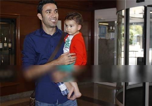 جواد نکونام برای عقد قرارداد با باشگاه اوساسونای اسپانیا وارد پامپلونا شد