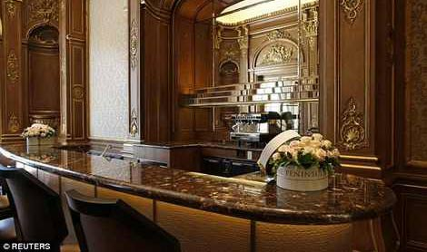 تصاویری از مراسم افتتاحیه هتل سوپرلوکس در پاریس