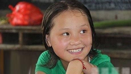 دختری که لقب زیباترین دانش آموز چین را گرفت + عکس