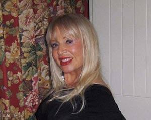 تلاش بی صبرانه و عجیب زن 73 ساله برای پیدا کردن شوهر