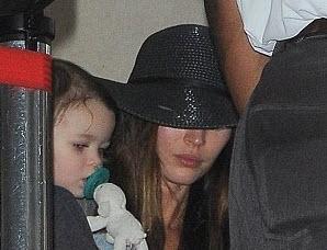 تصاویر جدید از مگان فاکس و خانواده در فرودگاه