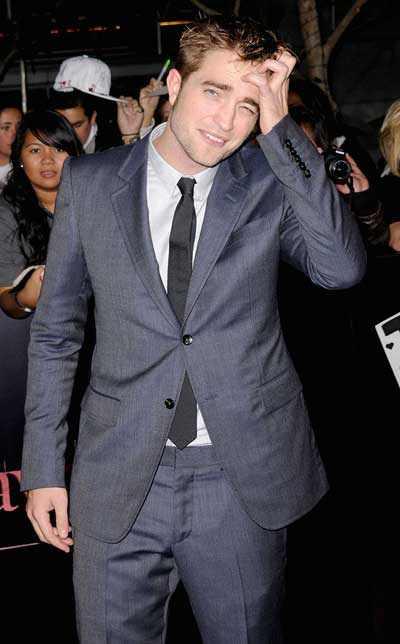 سوژه شدن ژست های رابرت پتینسون ستاره خوش چهره سینما