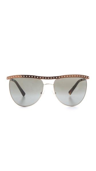 گالری عکس هایی از عینک های آفتابی زنانه مارک دار