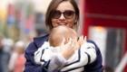 شیر دادن میراندا کر مدل معروف به فرزندش جنجال به پا کرد + عکس