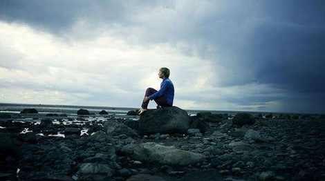 عکس های احساسی و عاشقانه با موضوع تنهایی پسرانه