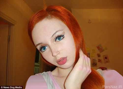 دختری که بدون هیچ گونه عمل زیبایی شبیه عروسک است + عکس