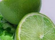 کاهش چین و چروک پوست با آبلیمو