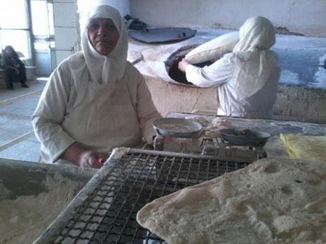 نانوای کاملا زنانه در تهران + عکس