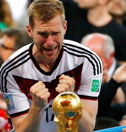 مهمترین بازیکنان فوتبالی که در سال 2014 خداحافظی کردند + عکس