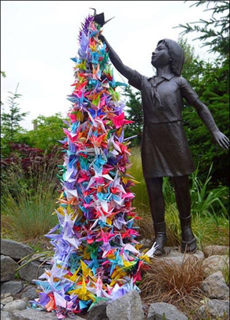 ایده جالب یک دختر تبدیل به نماد صلح جهانی شد + عکس