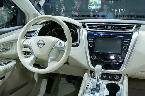 خودرویی که می تواند خطر یا وقوع تصادف را پیش بینی کند