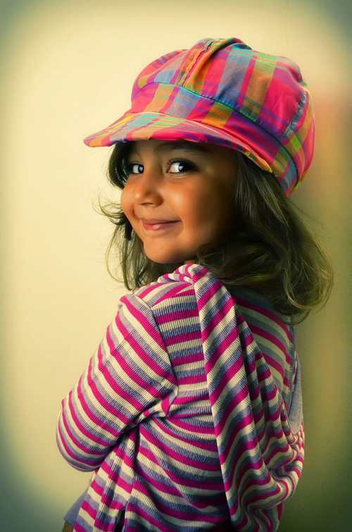 عکس های بامزه از دختر بچه های ناز و خوشگل