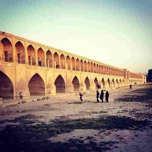 سری دوم عکس های لو رفته از زندگی ایرانی