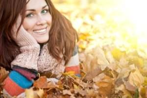 راهنمای تخصصی مراقبت از پوست در فصل پاییز