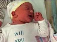 درخواست خواستگاری بسیار عجیب و غریب نوزاد از مادر