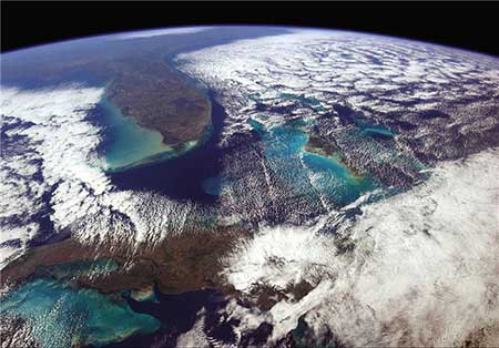 سیاره زمین از دید یک فضانورد +عکس