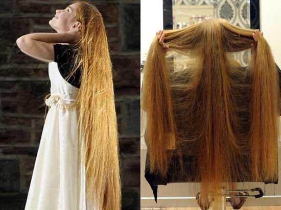 دختری با موهای بلند